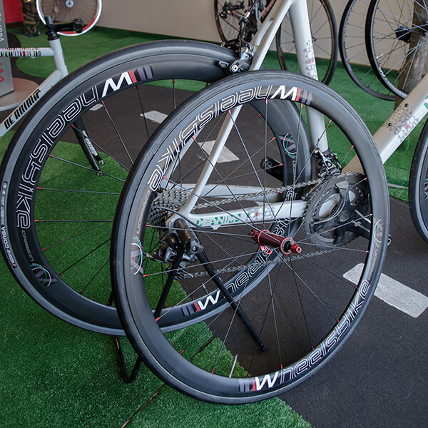 showroom wheelsbike bici da strada