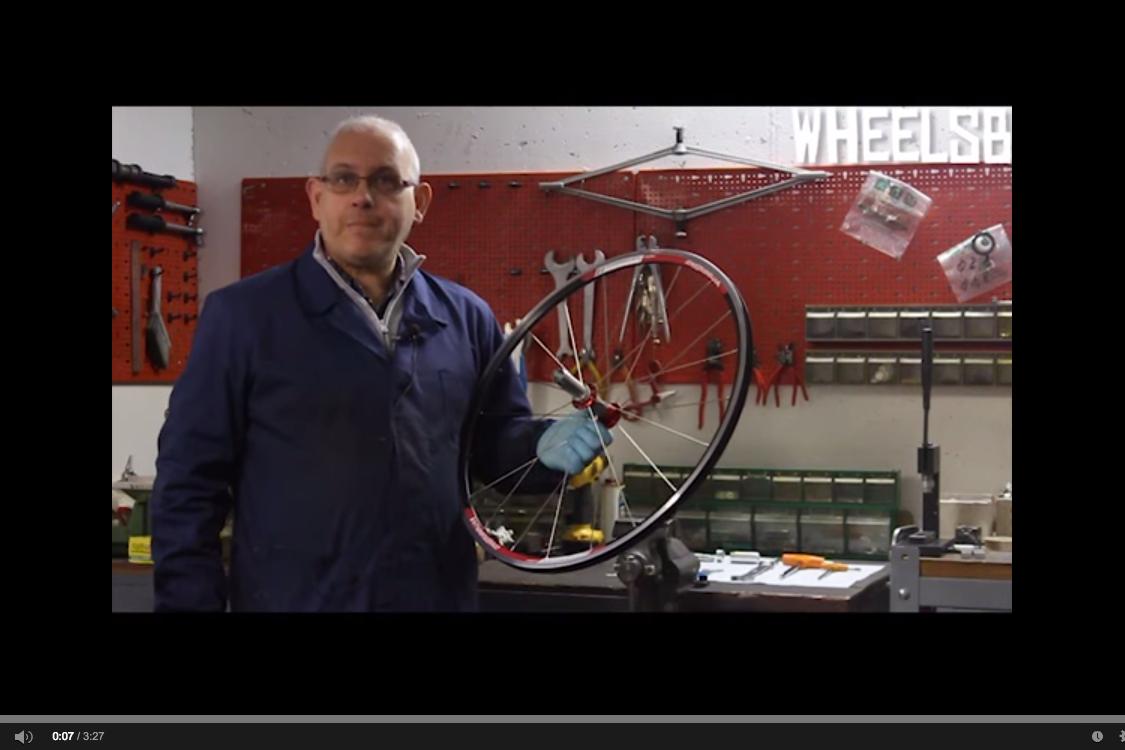 Tutorial: sostituire il perno posteriore delle ruote da handbike