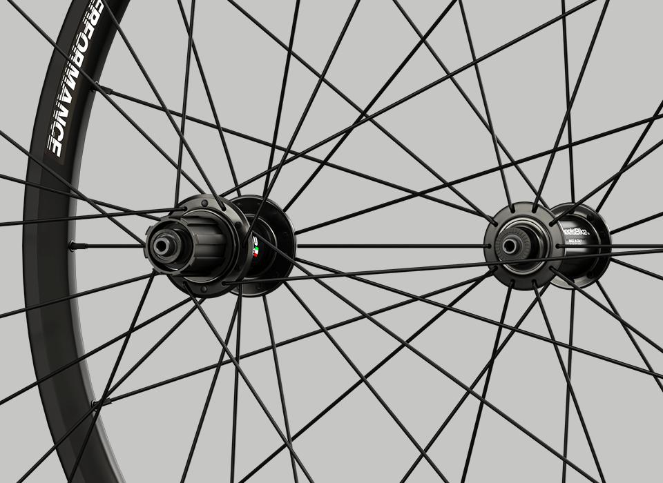 set ruote alluminio da strada hi performance mozzi